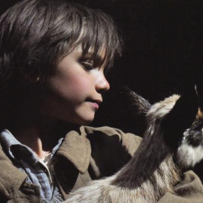 12) Sébastien et le cabri : l'enfant attendri par l'animal orphelin.