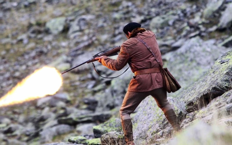 Mais Fabien, un chasseur, tire sur la chienne...