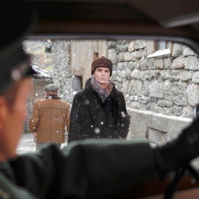 172) Guillaume transperce le Lieutenant du regard