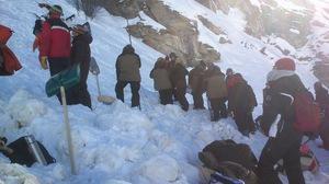 Tournage à La Goulaz - Préparation avalanche