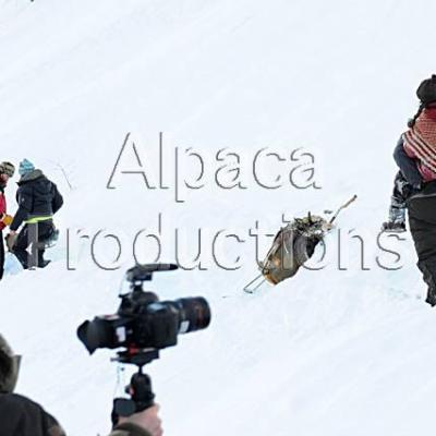 Les acteurs dans la neige