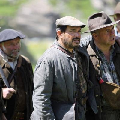 22) Les chasseurs voient les camions Allemands arrivés à St-Martin