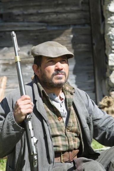 Le rôle d'André est joué par Mehdi, le Sébastien des origines.