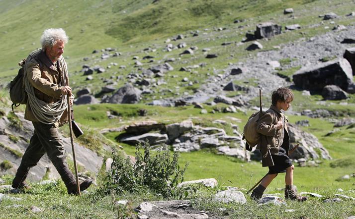 César et Sébastien parcourent ensemble les sentiers montagnards