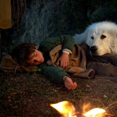 53) Pierre attendri par Belle, couchée au près de Sébastien