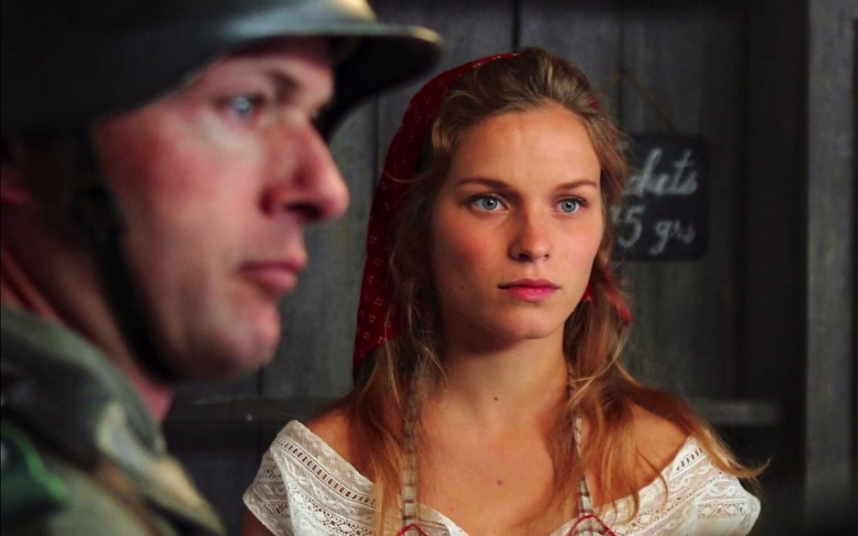 Angelina ne cache que moyennement son hostilité à l'Occupant