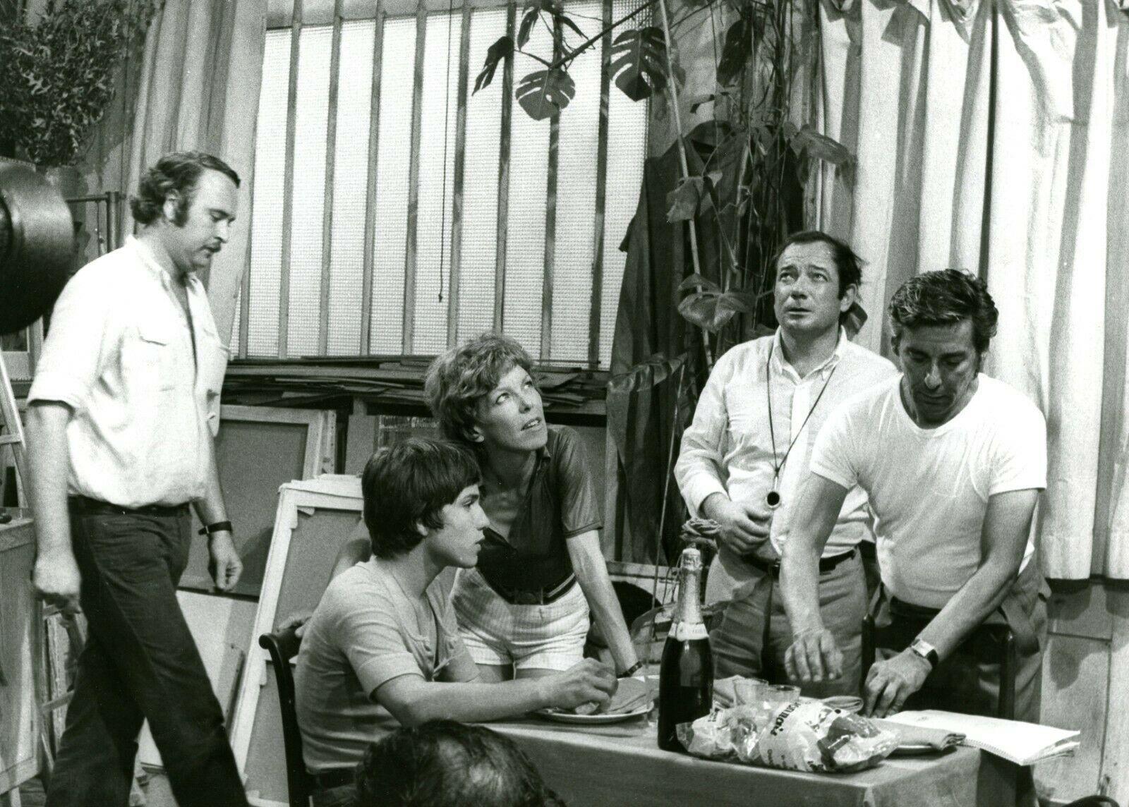 Cécile Aubry dirige les acteurs pendant le tournage